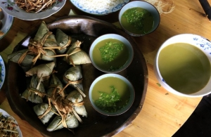 Gongcheng 'oil tea': 'coffee' with chopped green onion