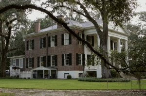 The Grove, a witness to slavery, war and civil rights opens