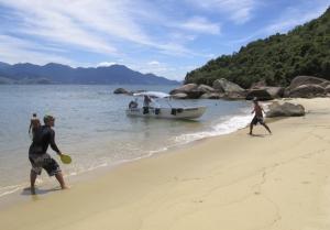 Brazil's Ilha Grande has what Rio does not _ clean beaches