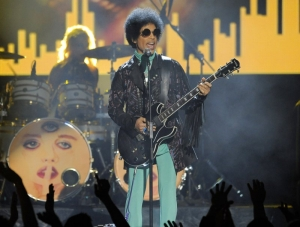 6 Prince siblings want quick ruling that they're his heirs