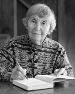 Natural Foods Cookbook' author Beatrice Trum Hunter dies