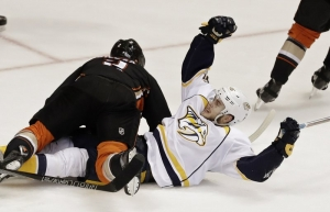 Pontus Aberg's goal puts Predators past Ducks 3-1 in Game 5