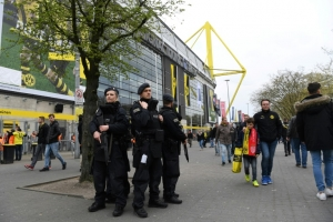 Germany probes 'Islamist' after unbowed Dortmund play match