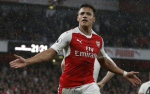 Arsenal striker Sanchez going nowhere, insists Wenger