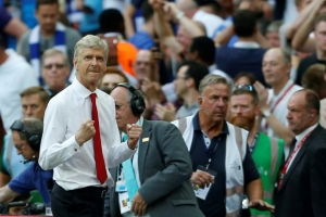 Battered Wenger searches for redemption