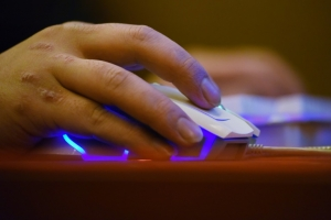 143 mn affected in hack of US credit agency