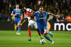 Monaco outclassed but Higuain warns Juve not there yet