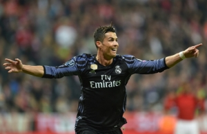 Ronaldo hits 100th European goal as Real Madrid win at Bayern